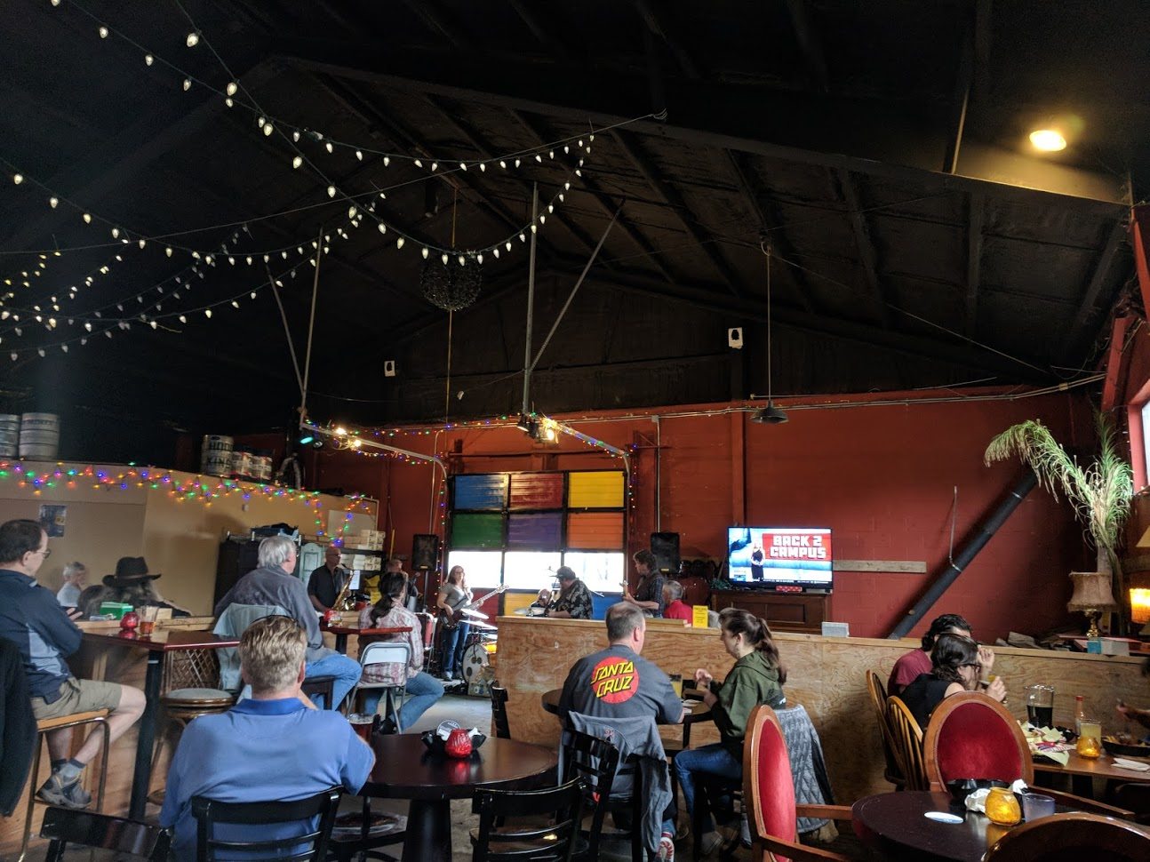 Live blues at the Lake Trail Taproom (192 Brewing)